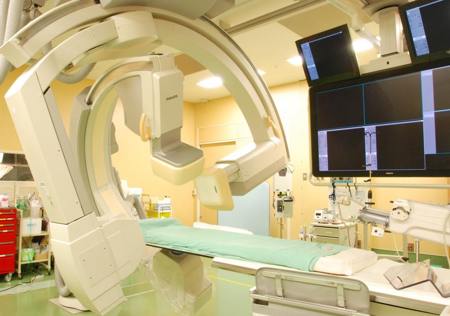 放射線被ばくを提言した血管造影X線診断装置