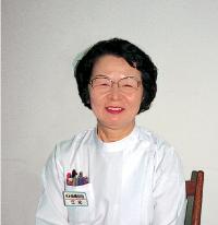 看護部長 江尻 美恵子