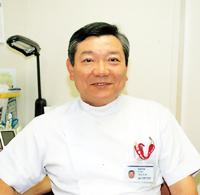 美容外科主任部長 小山 久夫