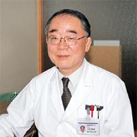 総合保健管理センター所長 土居偉瑳雄