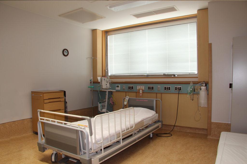 10.救急病棟個室