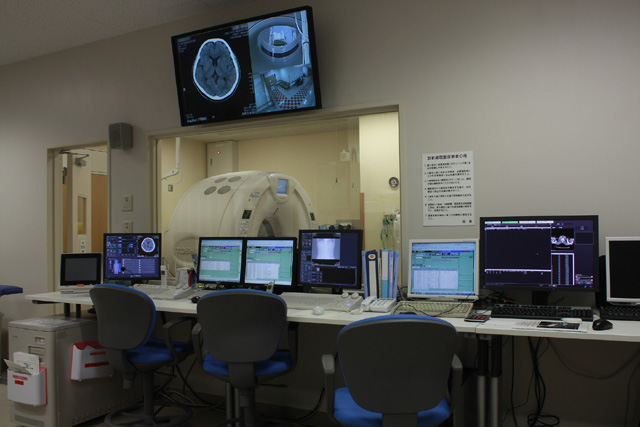 6.救急CT操作室