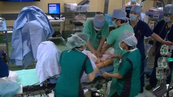 整形外科手術トレーニング風景