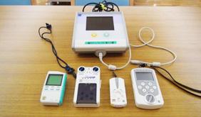 治療的電気刺激装置 画像