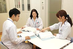 臨床研究薬剤室