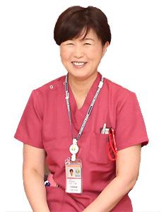 手術センター 統括看護師長 山本 千恵